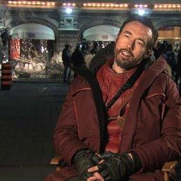 Kevin Durand über seine Rolle - OV-Interview Poster