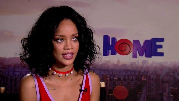 Rihanna darüber wie sie in das Projekt involviert wurde - OV-Interview Poster