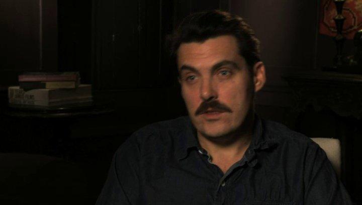 Joe Wright über das Drehbuch - OV-Interview Poster