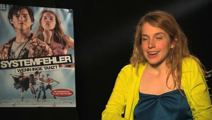 Paula Kalenberg über den Film - Interview Poster