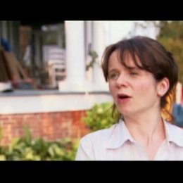 Interview mit Emily Watson (Jane Lawrence) - OV-Interview Poster