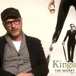 Matthew Vaughn darüber was er in Taron Egerton sah - OV-Interview Poster