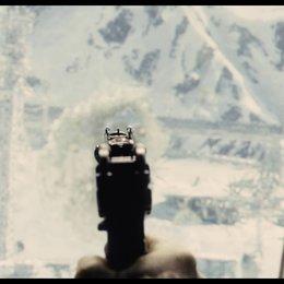 Schusswechsel durchs Zugfenster - Szene Poster