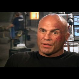Randy Couture über die Regie - OV-Interview Poster