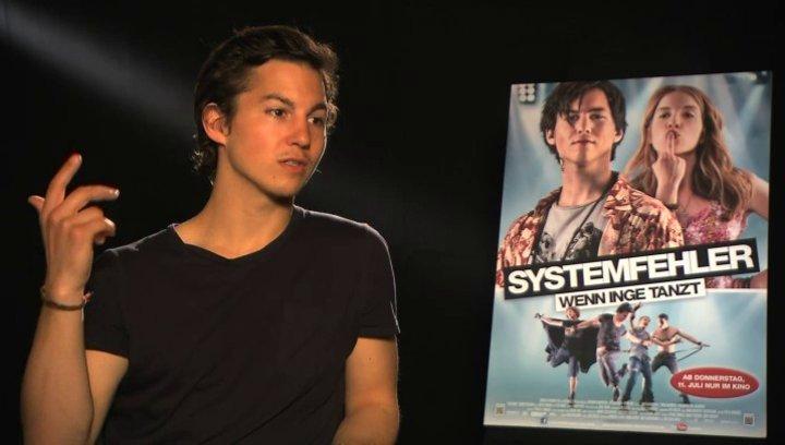 Tim Oliver Schultz über Onkel Herb - Interview Poster