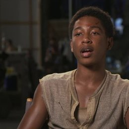 Jacob Latimore über Jeff - OV-Interview Poster