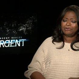 Octavia Spencer - Johanna - was sie gereizt hat in Insurgent mitzuspielen - OV-Interview Poster
