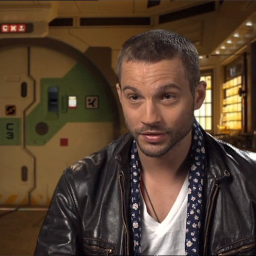 Logan Marshall-Green über das was der Zuschauer erwarten kann - OV-Interview Poster