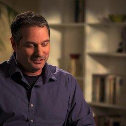 Scott Frank über die moralische Komplexität der Filmcharaktere - OV-Interview Poster