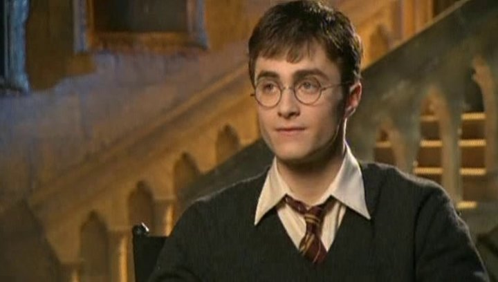 Daniel Radcliffe (Harry Potter) über die Herausforderung des Films - OV-Interview Poster