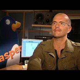 Christoph Maria Herbst über Dr. Blocks Beruf - Interview Poster