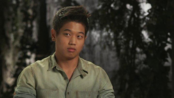 Ki Hong Lee - Minho - über seine Rolle - OV-Interview Poster