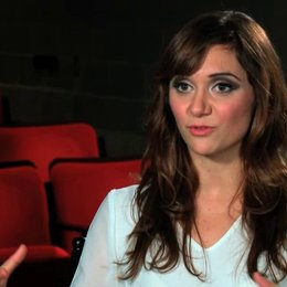Alyson Stoner über den finalen Dance Battle - OV-Interview Poster