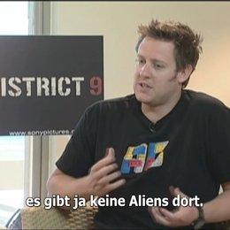 EXKLUSIV: Neill Blomkamp über DISTRICT 9 - Interview Poster