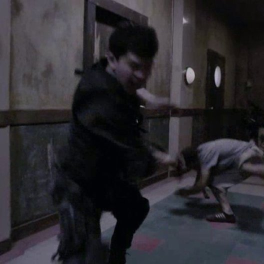 Kampf im Flur Teil 2 - Szene Poster