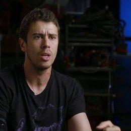 Toby Kebbell - Koba - über seinen Charakter Koba - OV-Interview Poster