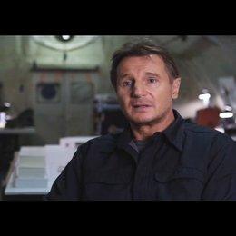 """Liam Neeson - """"Hannibal"""" über den Film - OV-Interview Poster"""