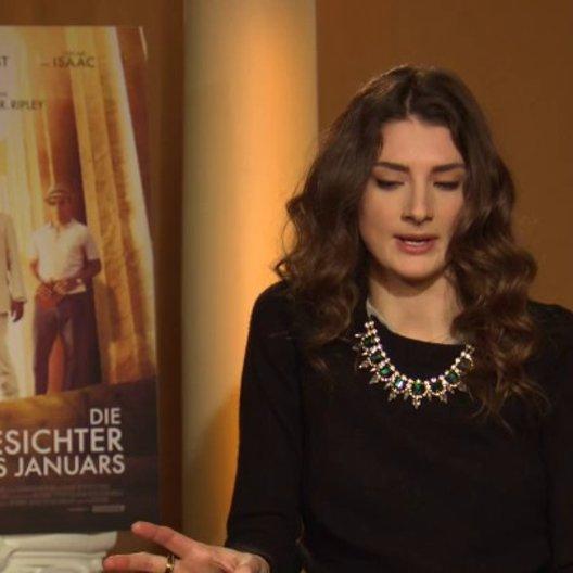 Daisy Bevan - Lauren - über das gemeinsame Dinner - OV-Interview Poster