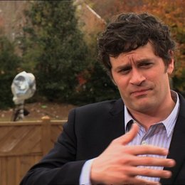 Tom Everett Scott (Phil Simmons) über die Rolle von Harper - OV-Interview Poster