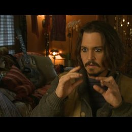 Johnny Depp (Frank Tupelo) über Florian Henckel von Donnersmarck - OV-Interview Poster