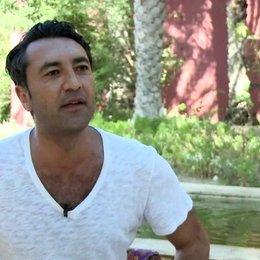 Mehmet Kurtulus - Farouk - darüber warum er Teil des Projekts sein wollte - Interview Poster