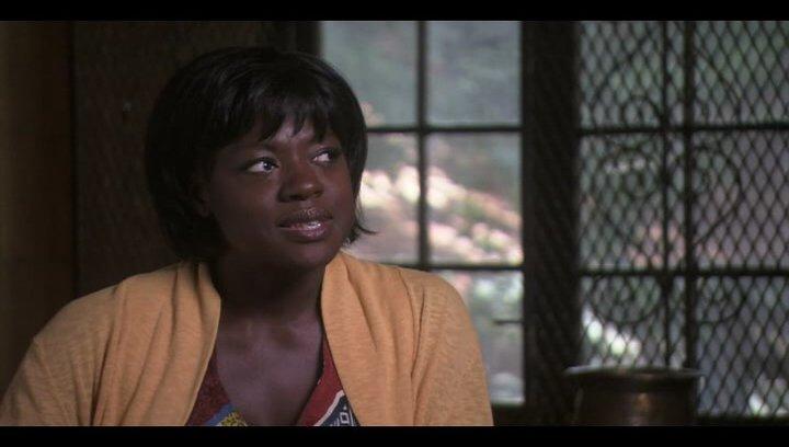 "Viola Davis (""Delia Shiraz"") über Regisseur Ryan Murphy - OV-Interview Poster"