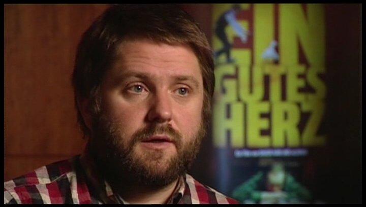 Dagur Kári über den Cast - OV-Interview Poster