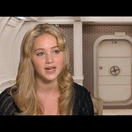 Jennifer Lawrence über die Arbeit mit den anderen Schauspielern - OV-Interview Poster