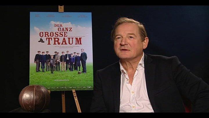 Burghart Klaussner (Gustav Merfeld) über den Reiz an dem Film mitzuwirken - Interview Poster