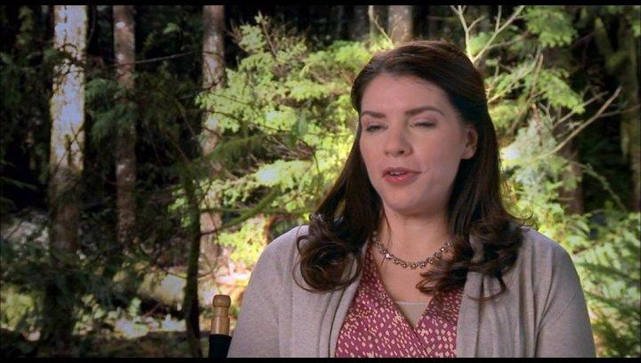 Stephenie Meyer (Autorin) - darüber wie die Geschichte fortgesetzt wird - OV-Interview Poster