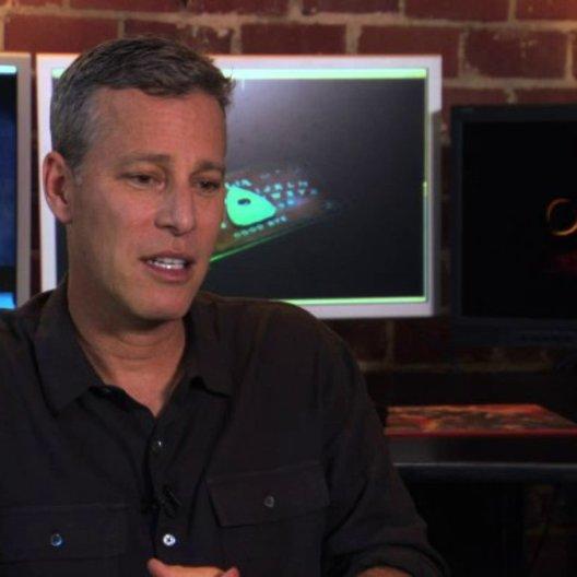 Brad Fuller über das Ouijabrett als Basiselement des Films - OV-Interview Poster
