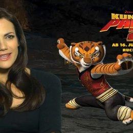 Bettina Zimmerman (Deutsche Stimme Tigress) über Lord Shen - Interview Poster