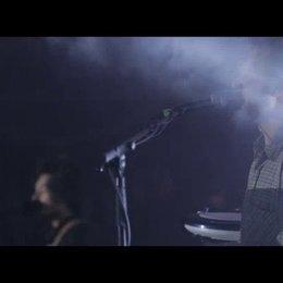 Musikvideo: Milky Chance - Flashed Junk Mind - Sonstiges Poster