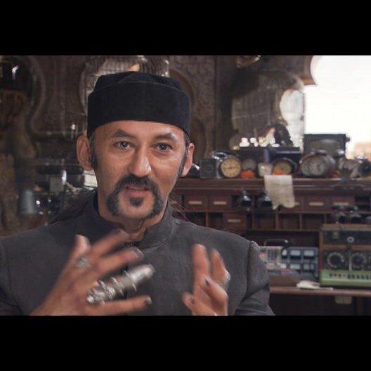 Ercan Drumaz (Abrash) über seine Rolle als Bösewicht - Interview Poster