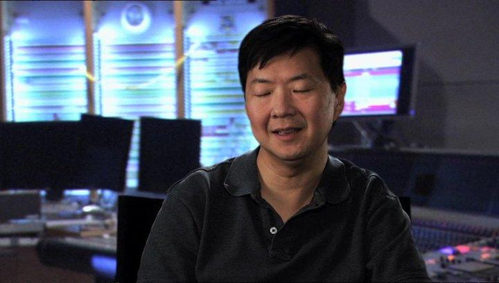 Ken Jeong - Kim Ly - über das Bezaubernde von Turbo - OV-Interview Poster