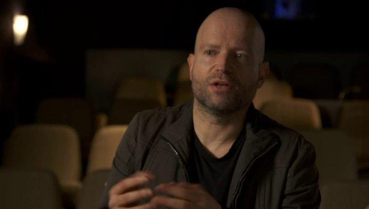 Marc Forster - Regisseur - darüber den Film aus Gerrys Sicht zu erleben - OV-Interview Poster