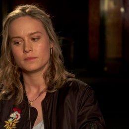 Brie Larson - Amy Phillips - über ihre Rolle - OV-Interview Poster