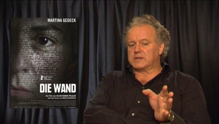 Julian Pölsler - Regisseur - über die Zusammenarbeit mit dem Hund - Interview Poster
