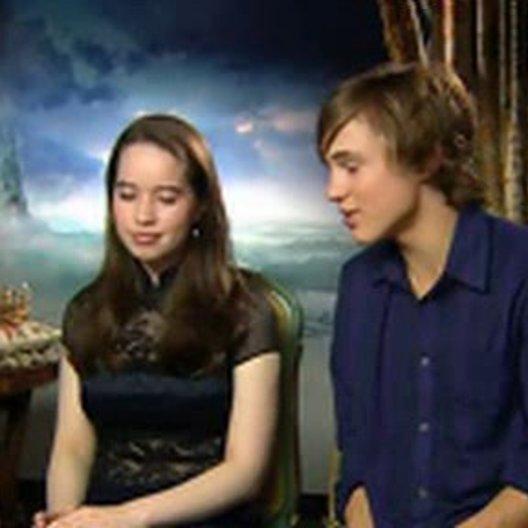 William Moseley (Peter) und Anna Popplewell (Susan) über die Welt von Narnia, das Casting und die Dreharbeiten mit Aslan. (5:37 min) - OV-Interview Poster