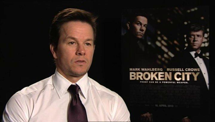 Mark Wahlberg über den Film - OV-Interview Poster