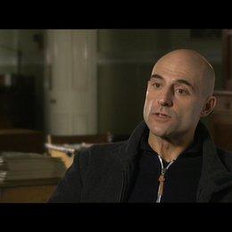 MARK STRONG -Jim Prideaux- über GARY OLDMAN als Smiley - OV-Interview Poster