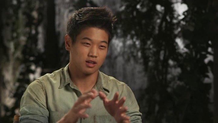 Ki Hong Lee - Minho - über Wes Ball - OV-Interview Poster