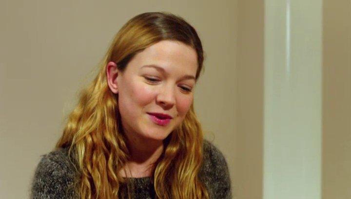 Hannah Herzsprung - Iris - über ihre Rolle Iris - Interview Poster