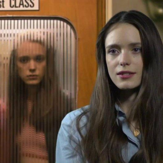 STACY MARTIN - Joe jung - wie es ist die Sex-Szenen auf der Leinwand zu sehen - OV-Interview Poster