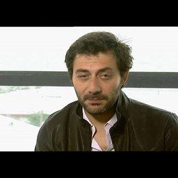 Filipp Timi über den echten Vallanzasca - OV-Interview Poster