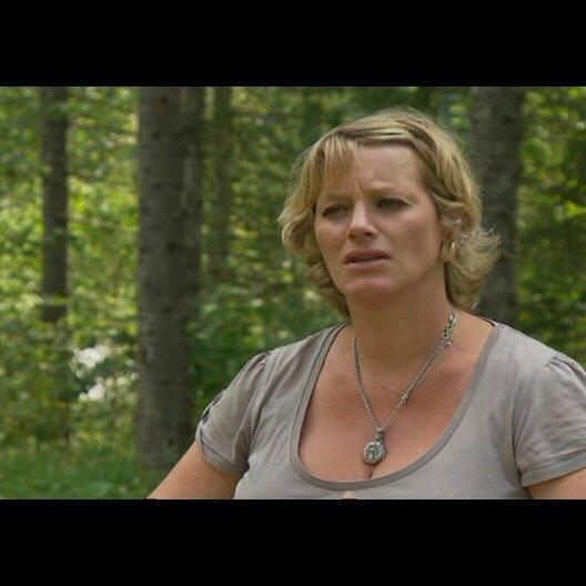 Viola Jäger (Produzentin) über die Story - Interview Poster