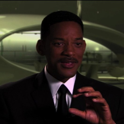 Will Smith über die Aliens in den 60ern - OV-Interview Poster