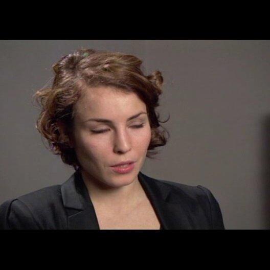 Noomi Rapace über die Besonderheit eine so populäre Figur, wie Lisbeth, zu spielen - OV-Interview Poster