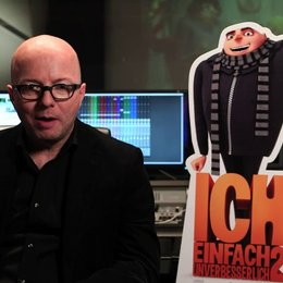 Oliver Rohrbeck über die Minions - Interview Poster