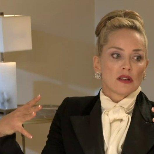 Sharon Stone - Dr Parker - über die Geschichte des Films - OV-Interview Poster
